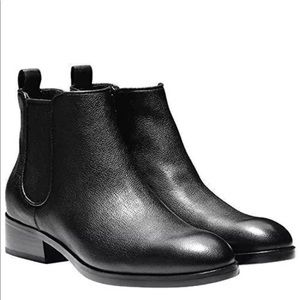 New COLE HAAN Handsman Black Ankle Boots Size 10